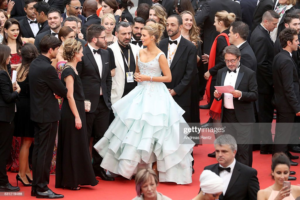 """Slack Bay (Ma Loute)"" - Red Carpet Arrivals - The 69th Annual Cannes Film Festival : News Photo"