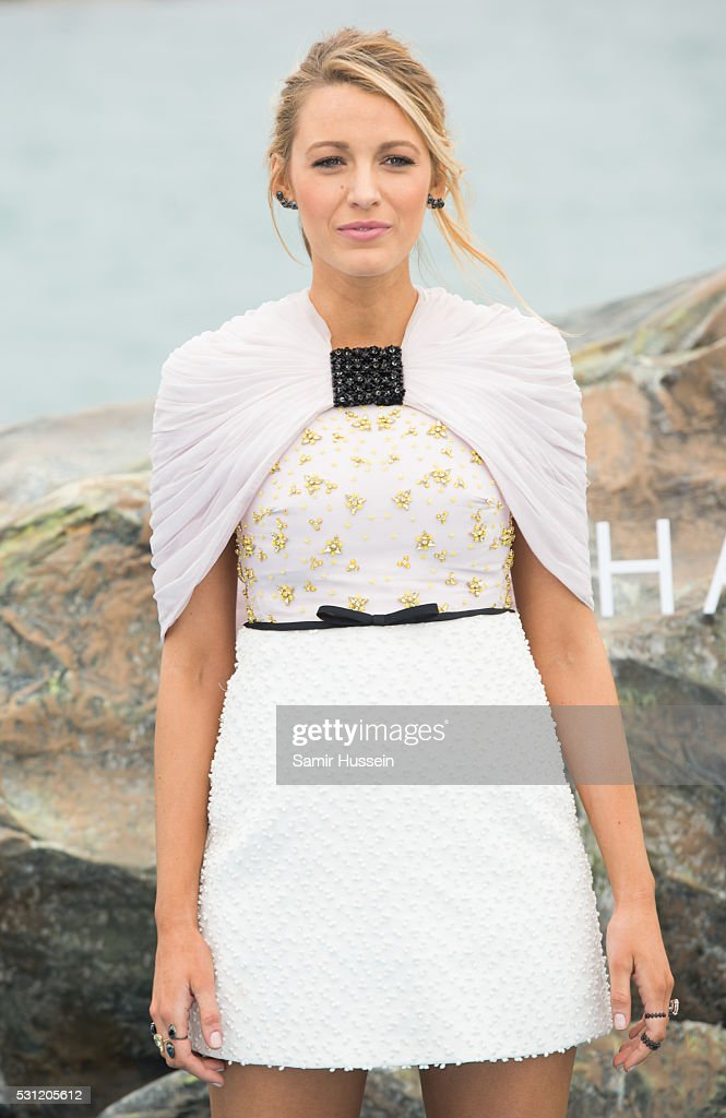"""The Shallows"" Photocall - The 69th Annual Cannes Film Festival : News Photo"