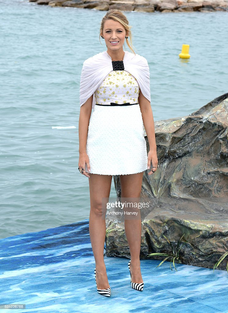 Blake Lively attends the 'The Shallows' photocall at the annual 69th Cannes Film Festival at Palais des Festivals on May 13, 2016 in Cannes, France.