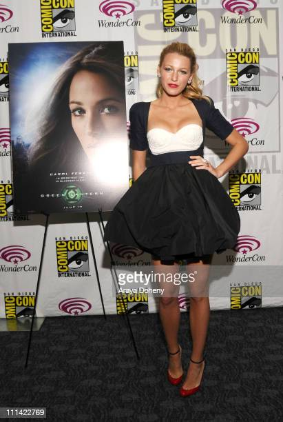 Blake Lively attends Wondercon 2011 at Moscone Center South on April 1 2011 in San Francisco California