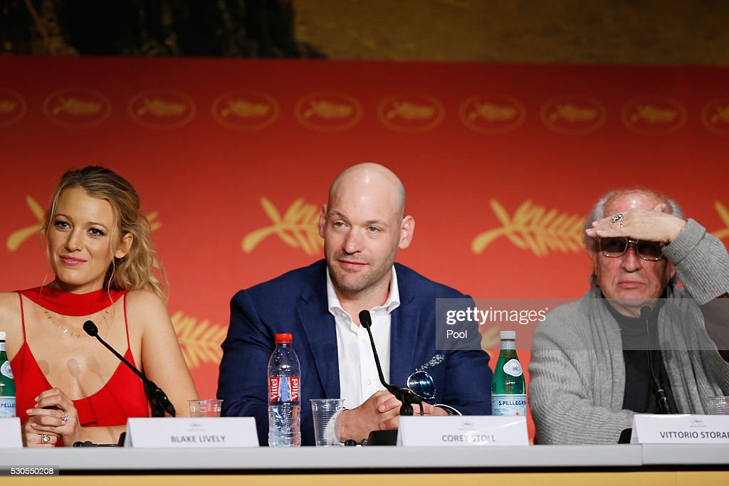 'Cafe Society' Press Conference - The 69th Annual Cannes Film Festival : News Photo