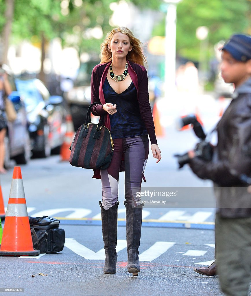 Blake Lively filming on location for 'Gossip Girl' on August 28, 2012 in New York City.
