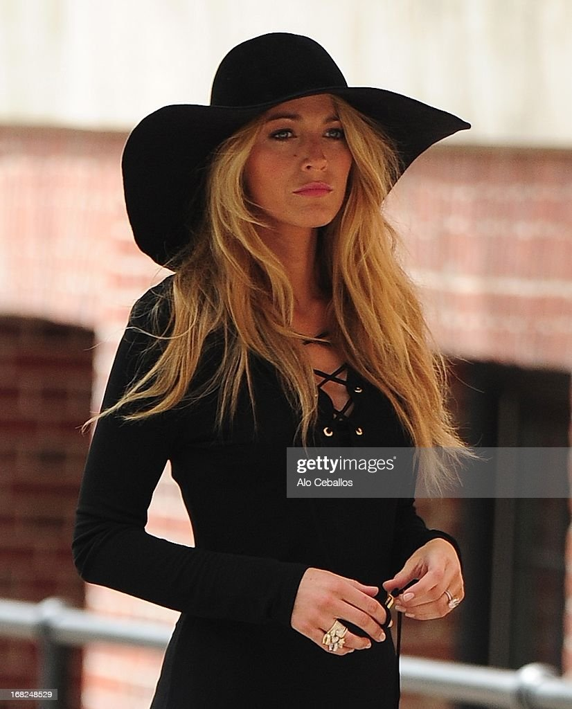 Blake Lively is seen doing a photo shoot in the West Village on May 7, 2013 in New York City.
