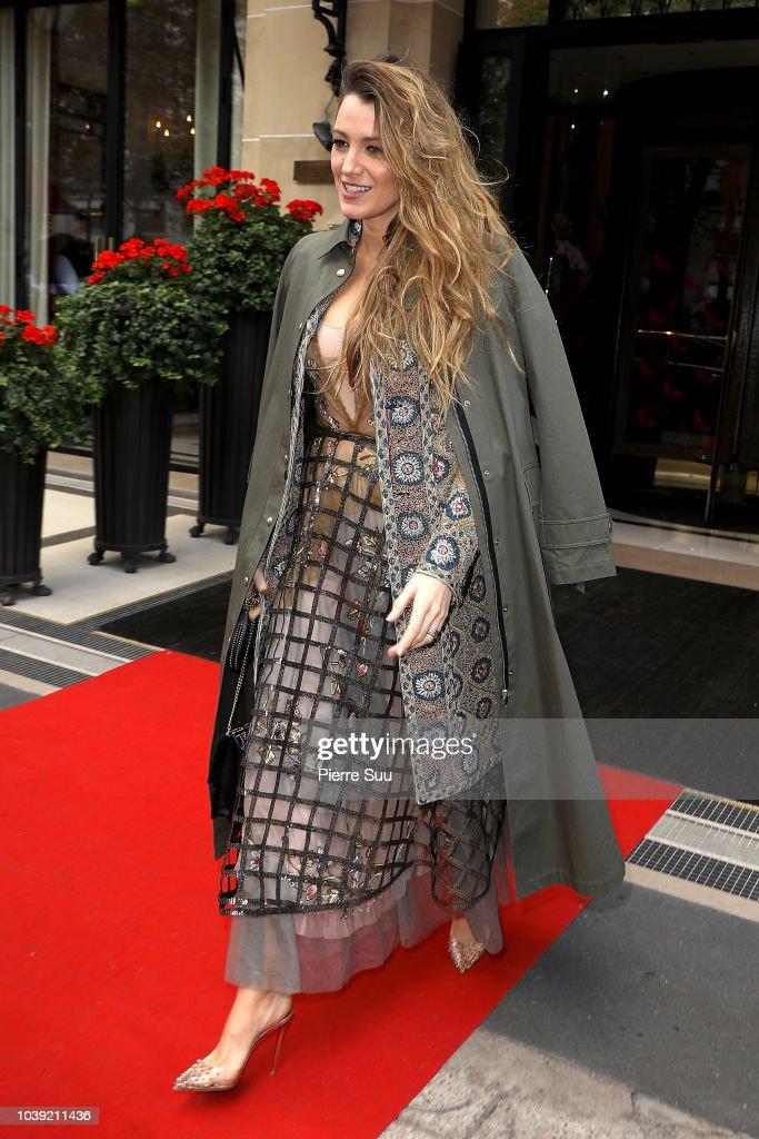 Celebrity Sightings : Paris Fashion Week Womenswear Spring/Summer 2019 : Day One