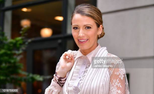 Blake Lively poses outside the Crosby Hotel on August 19 2018 in New York City