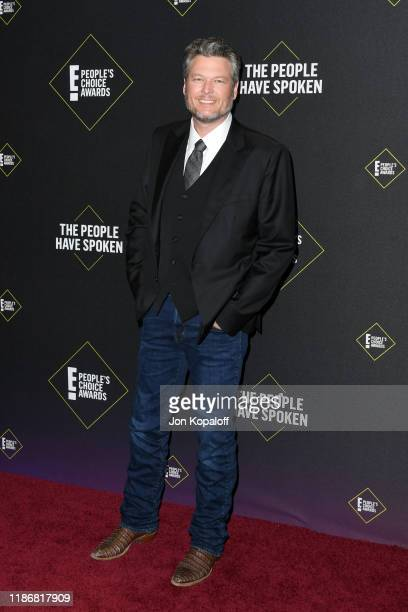 Blake Shelton attends the 2019 E People's Choice Awards at Barker Hangar on November 10 2019 in Santa Monica California
