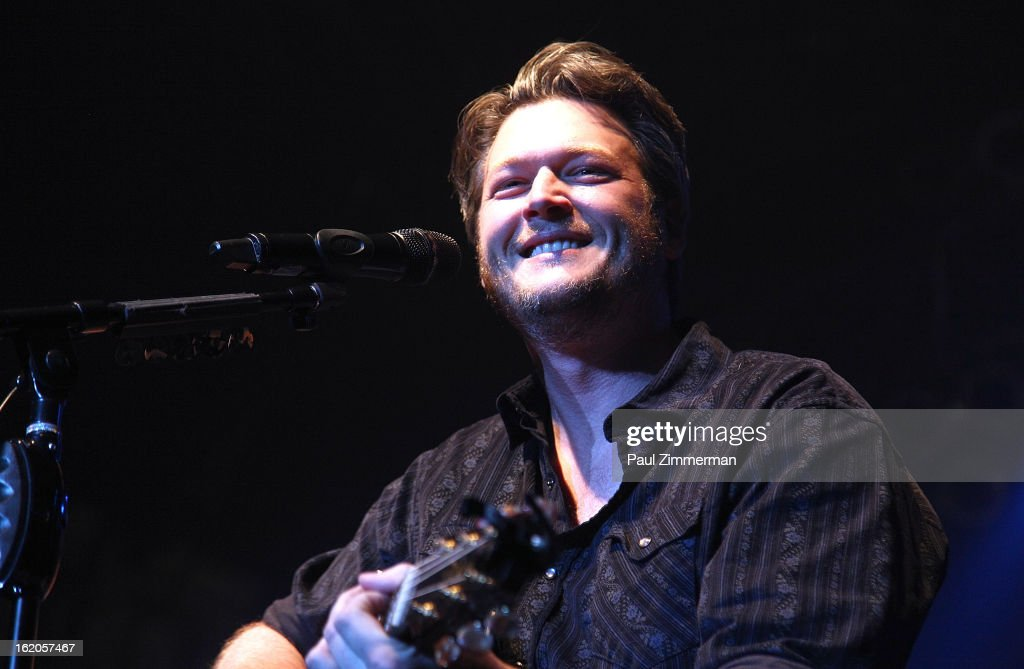 Blake Shelton performs at Nash Bash at Roseland Ballroom on February 18, 2013 in New York City.