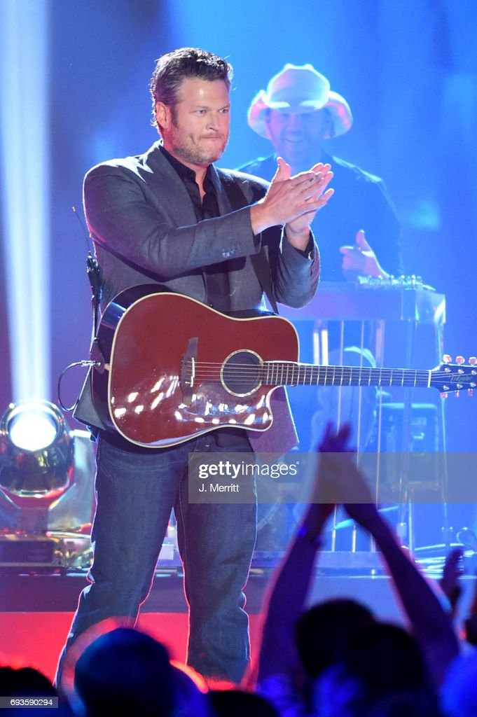 Blake Shelton performs onstage during the 2017 CMT Music Awards at the Music City Center on June 7, 2017 in Nashville, Tennessee.