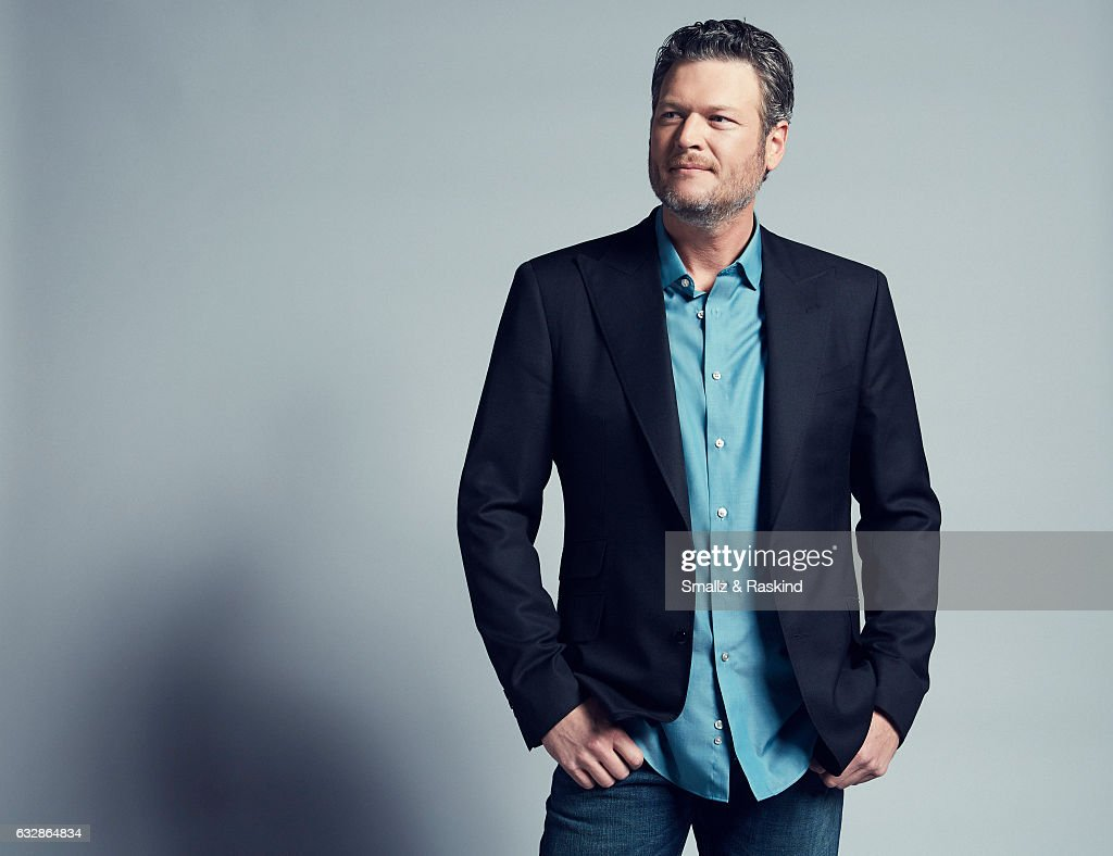 Blake Shelton poses for a portrait at the 2017 People's Choice Awards at the Microsoft Theater on January 18, 2017 in Los Angeles, California.