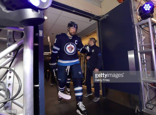 Blake Wheeler of the Winnipeg Jets gets set to hit the ice prior to puck drop against the San Jose Sharks at the Bell MTS Place on January 7 2018 in...