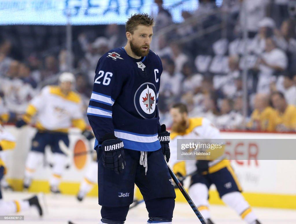 Nashville Predators v Winnipeg Jets - Game Four : News Photo