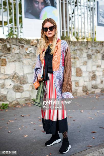Blanca Miro Scrimieri is seen before the Loewe show during Paris Fashion Week Womenswear SS18 on September 29 2017 in Paris France