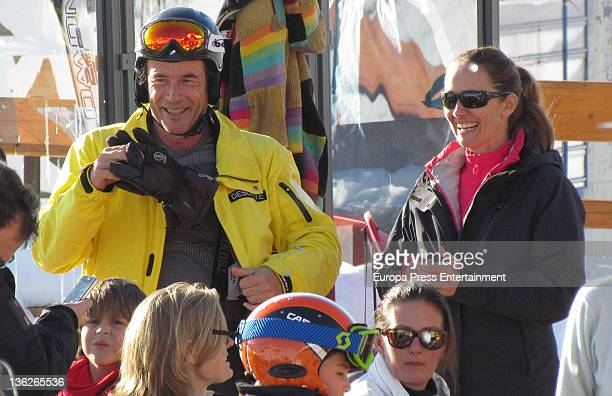 Blanca Suelves and Joanes Osorio are seen skiing on December 26 2011 in Baqueira Beret Spain