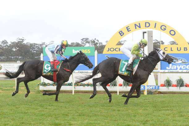 AUS: Bendigo Jockey Club Race Meeting