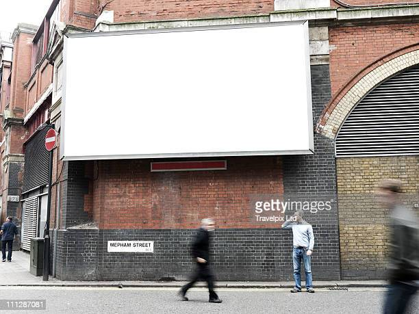 blank advertising billboard, london, uk - fotografia immagine foto e immagini stock