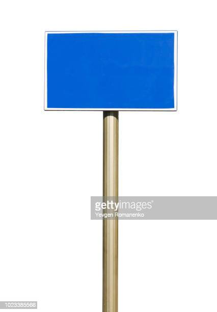 blank blue road sign - isolated on white background - sinal - fotografias e filmes do acervo