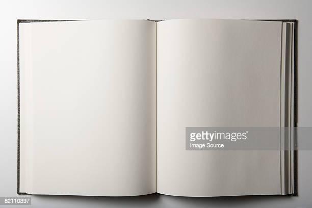 blank book - buchseite stock-fotos und bilder