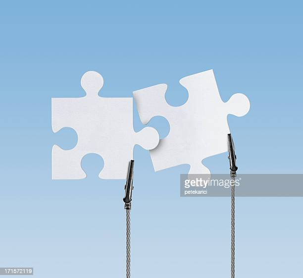 Blank, Jigsaw Puzzle in Wire Clam (Clipping Path)