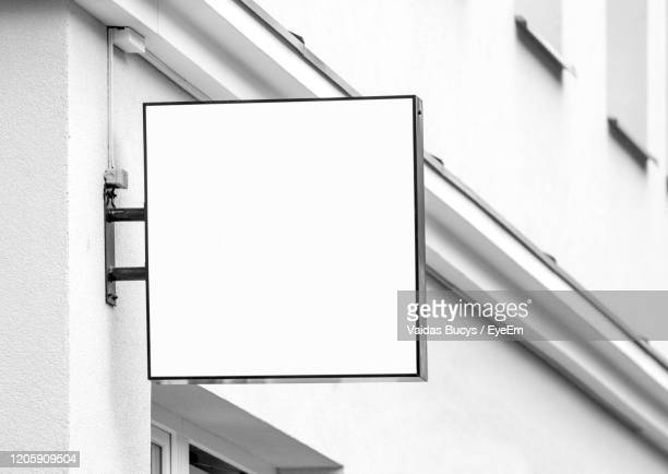 blank outdoor sign, company signage - logo stock pictures, royalty-free photos & images