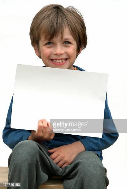 blank sign - child 01