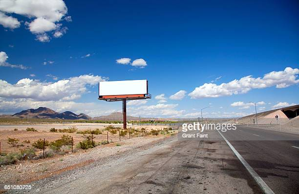 blank sign. - billboard highway stock pictures, royalty-free photos & images