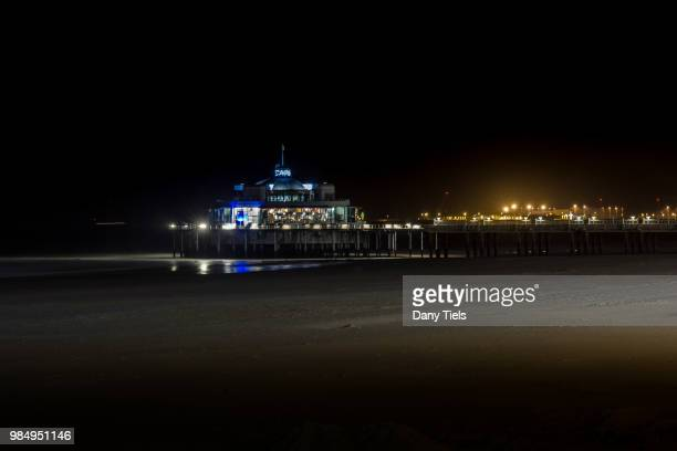 blankenberge bij nacht - nacht stock pictures, royalty-free photos & images