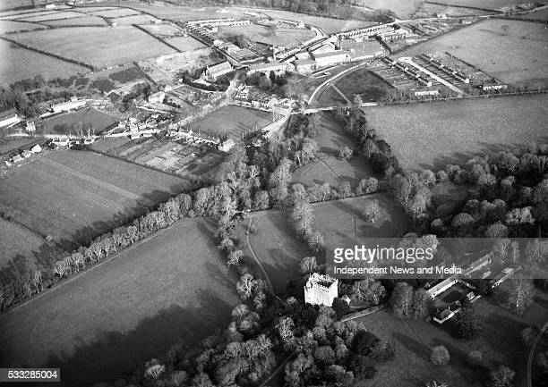 Blarney village and Mills in Co Cork and its famous Castle renowned for its Blarney stone situated below the parapet 15/03/57 Photograph by Alexander...