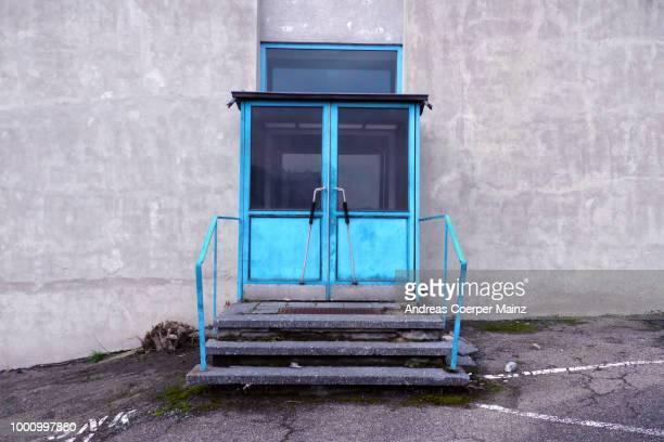 Blaue Doppeltür
