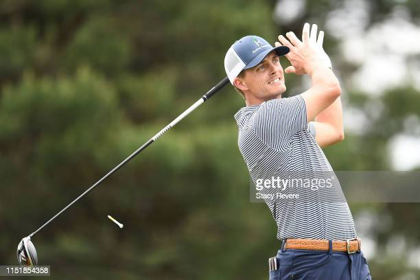 Blayne Barber hits his tee shot on the 18th hole during the final round of the Evans Scholar Invitational at the Glen Club on May 26, 2019 in...