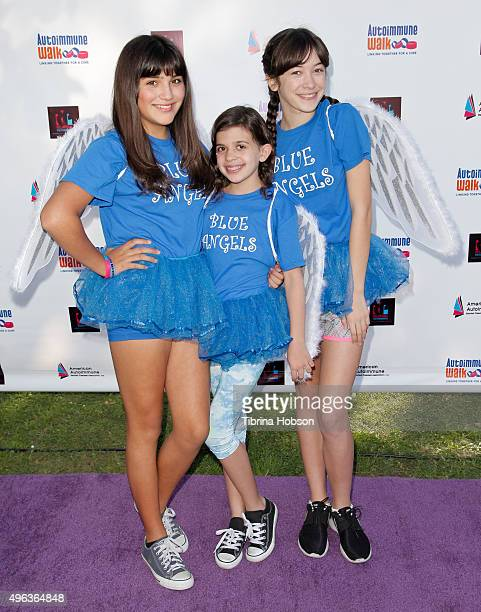 Bleau Faz Emma Loewen and Grace Kaufman attend the Inaugural Los Angeles Autoimmune Walk hosted by Haley Ramm on November 8 2015 in Culver City...
