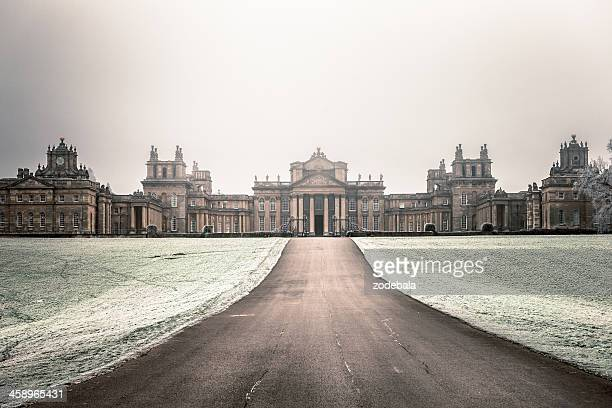 blenheim palace in winter, woodstock, uk - blenheim palace stock pictures, royalty-free photos & images
