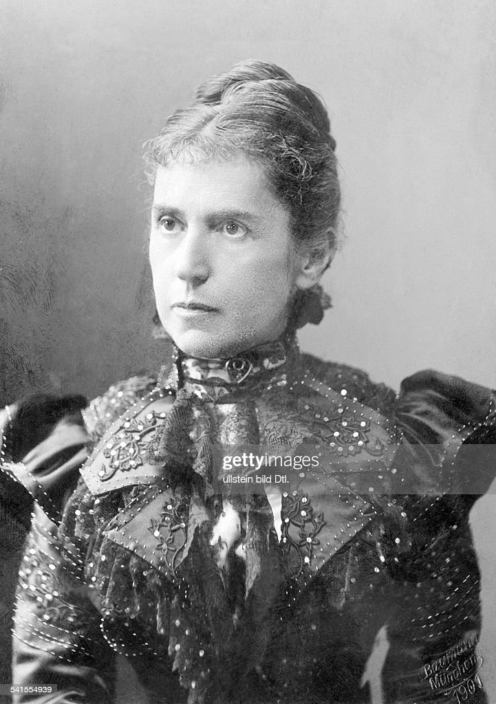 Blennerhassett, Charlotte Julie - Writer, Historian, Germany*19.02.1843-11.02.1917+ - Photographer: Ad. Baumann- Published by: 'Dame' 14 / 1917Vintage property of ullstein bild : News Photo