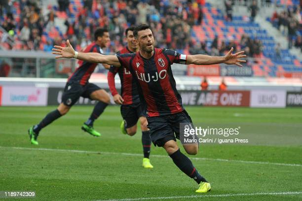 Blerim Dzemaili of Bologna FC celebrates after scoring his team's second goal during the Serie A match between Bologna FC and Parma Calcio at Stadio...