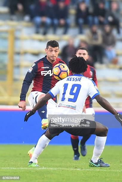 Blerim Dzemaili of Bologna FC in action during the Serie A match between Bologna FC and Atalanta BC at Stadio Renato Dall'Ara on November 27 2016 in...