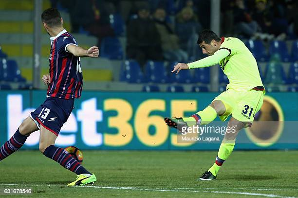 Blerim Dzemaili of Bologna scores his team's opening goa during the Serie A match between FC Crotone and Bologna FC at Stadio Comunale Ezio Scida on...