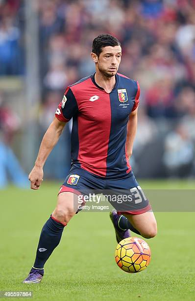Blerin Dzemaili of Genoa in action during the Serie A match between Genoa CFC and SSC Napoli at Stadio Luigi Ferraris on November 1 2015 in Genoa...