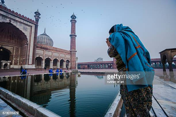 blessing for hope - jama masjid delhi stock pictures, royalty-free photos & images