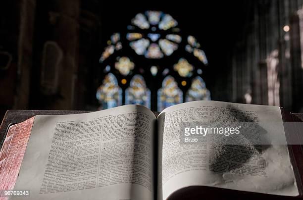 blessing in the church (horizontal) - kerk stockfoto's en -beelden