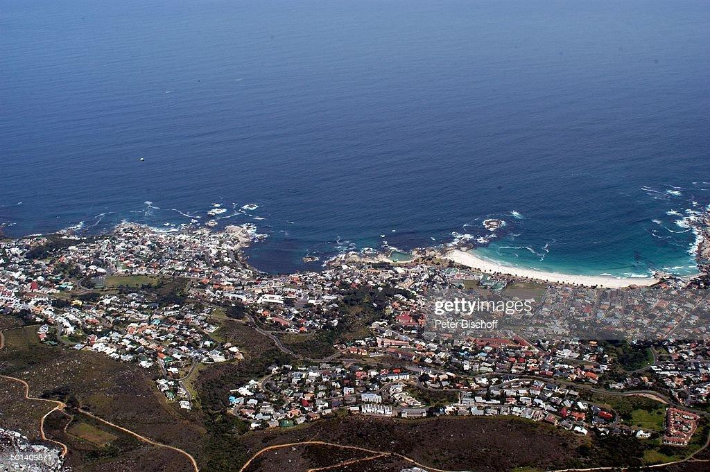 Blick auf Kapstadt aus Gondel Tafelberg-Seilbahn, Tafelberg-Nationalpark, Kapstadt,  : News Photo