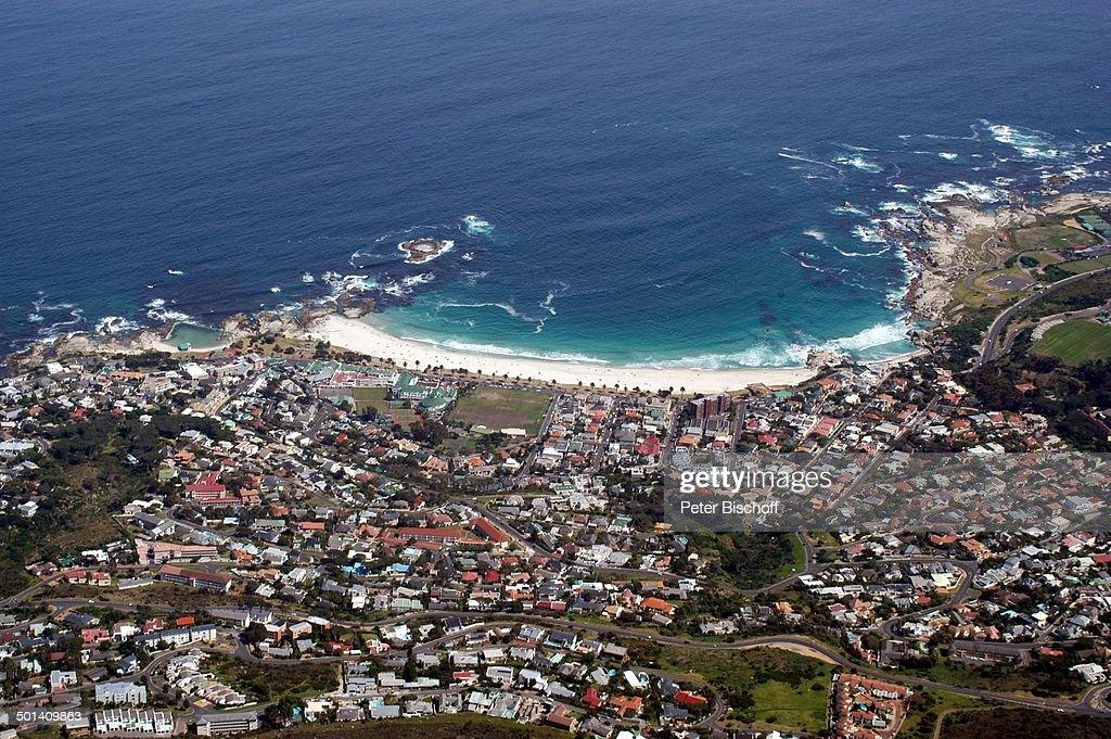 Blick auf Kapstadt und Atlantischer Ozean, aus Gondel Tafelberg-Seilbahn, Tafelberg- : News Photo