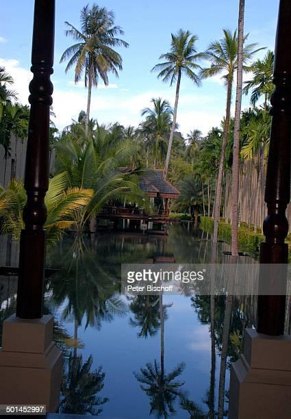 Blick auf Künstlich angelegten See mit AussenRezeption Garten 5SterneLuxushotel Four Seasons Resort Insel Langkawi Malaysia Asien Hotel Reise NB DIG...