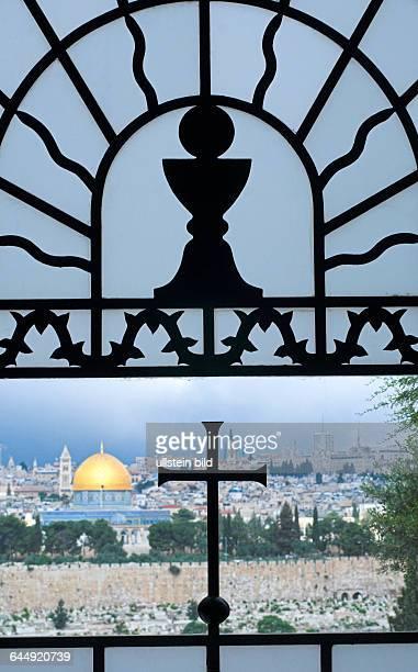 Blick aus der Kapelle Dominus Flevit auf Jerusalem
