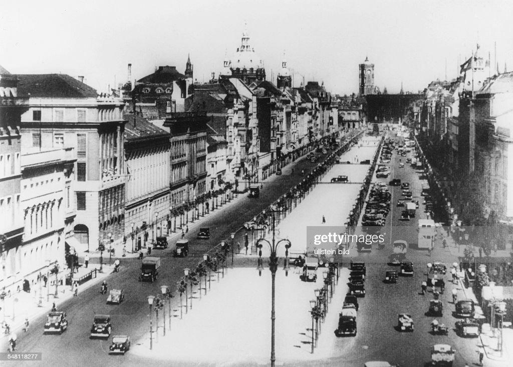 Berlin Unter den Linden - um 1935 : News Photo