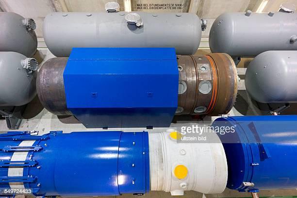 Blick in die Halle 7 des Zwischenlagers Nord in Lubmin . In der Halle stehen Dampferzeuger und das Reaktorgefaess 5 des demontierten Kernkraftwerkes...