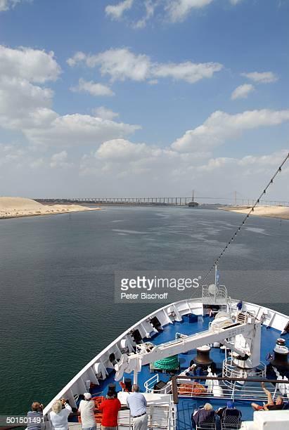 """Blick vom Kreuzfahrtschiff MS """"Astoria"""" auf Suez-Kanal, Ägypten, Afrika, Asien, Schiff, Wasser, Bug, Reise, BB, DIG; P.-Nr.: 603/2008, ;"""