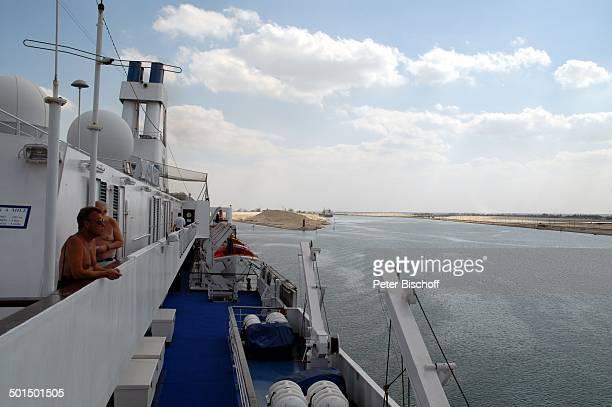 """Blick vom Kreuzfahrtschiff MS """"Astoria"""" auf Suez-Kanal, Ägypten, Afrika, Asien, Schiff, Wasser, Reling, Reise, BB, DIG; P.-Nr.: 603/2008, ;"""
