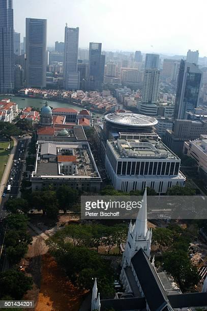 Blick vom Swissôtel The Stamford auf Kirche und Stadt Singapur Asien Hotel Hochhäuser Gebäude Reise BB DIG PNr 013/2005