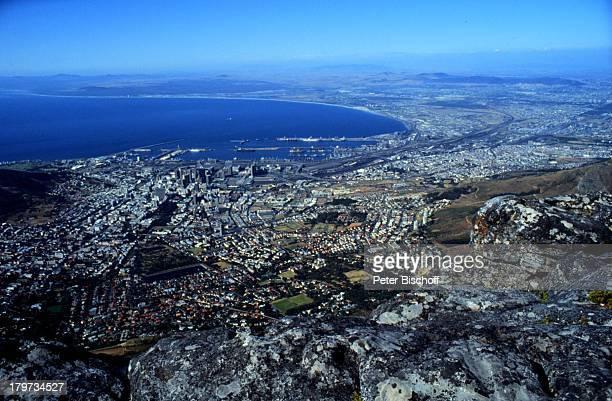 Blick vom Tafelberg auf Atlantischen Ozean Kapstadt Südafrika Afrika Atlantik Meer Reise