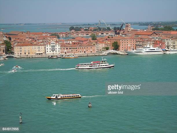 Blick vom Turm der Kirche San Giorgio Maggiore auf Venedig aufgenommen am 18 Mai 2015