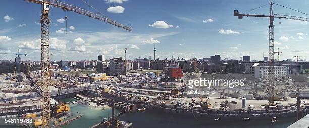 Blick vom Weinhaus Huth in nordöstlicher Richtung auf den Potsdamer Platz Juli 1996